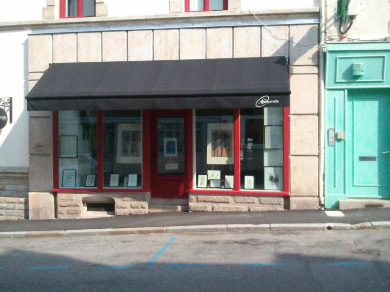 Aménagement Extérieur Vitrine de magasin Morbihan 56