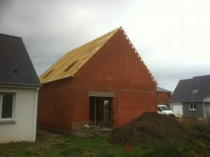 Charpente Traditionnelle Assemblée en sapin du nord traité xylophène, dans le Morbihan (56) à Penestin, proche de la Loire Atlantique (44)